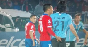 +VIDEO | ¿Te pillaste la desleal acción de Jara a Cavani?