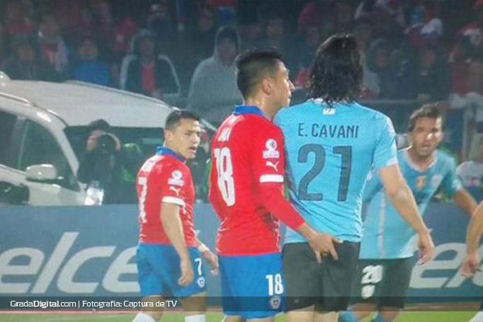 cavani_jara_chile_uruguay_24062015