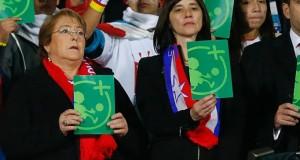 Michelle Bachelet se suma a la campaña contra la discriminación en el deporte