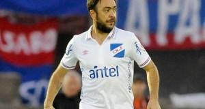 """Álvaro Recoba se siente """"retirado"""" del fútbol pero no descarta volver"""