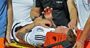 Suspendido partido de la Europa League por lanzamiento de piedras desde la grada