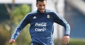 Garay se reincorpora a la práctica de Argentina en la víspera de la final