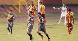 Canelón puso el triunfo del Petare FC