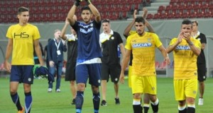+VIDEO | Rafa Romo jugó un partido extraordinario frente al Schalke 04