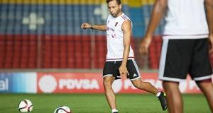 Jeffren Suárez espera su debut