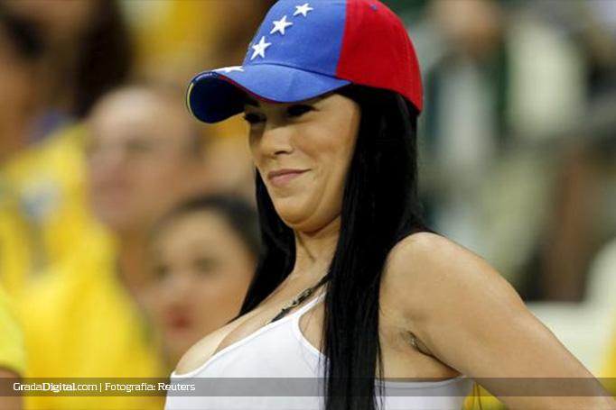 aficionada_venezuela_brasil_venezuela_13102015_2