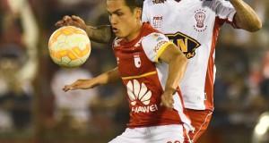 Luis Manuel Seijas fue figura en el partido de ida de la Final de la Copa Sudamericana