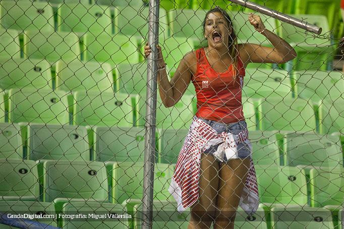 aficionada_huracan_caracas_huracan_09022016