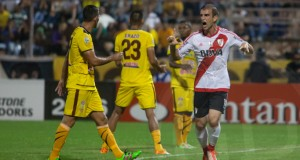 River Plate le dio un duro golpe a Trujillanos en su debut
