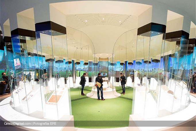 exhibidores_museo_futbol_mundial_04032016