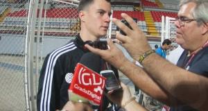 Juanpi Añor: «Si queremos sacar algo positivo, debemos estar los noventa minutos concentrados»
