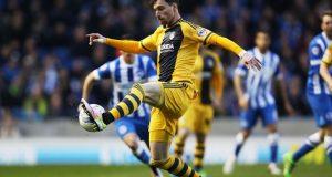 Fulham de Fernando Amorebieta fue goleado por el Brighton & Hove Albion