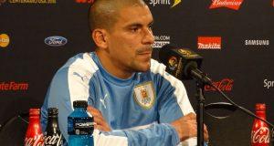 Maxi Pereira se convertirá en el jugador que más veces ha vestido la Celeste