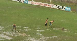 +VIDEO | ¡Increíble! Aficionados del Portuguesa se encargaron de acondicionar el campo de juego en Maracay
