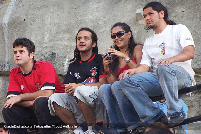 caracas_mineros_cocodrilos_04022007_4