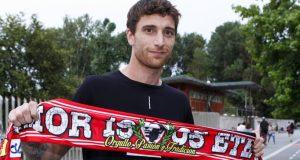 Fernando Amorebieta es nuevo jugador del Sporting de Gijón