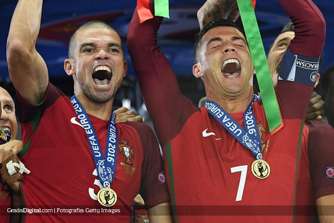 pepe_cristiano_ronaldo_francia_portugal_eurocopa_10072016