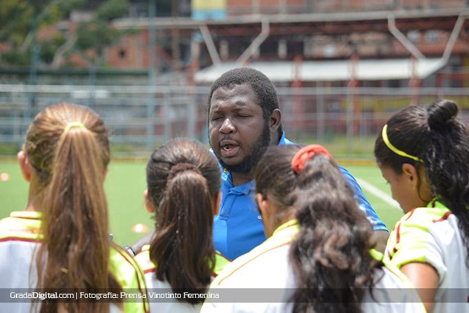 enmanuel_joseph_entrenamiento_venezuela_femenina_s15_06082016
