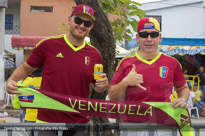 aficionados_venezuela_colombia_venezuela_01092016