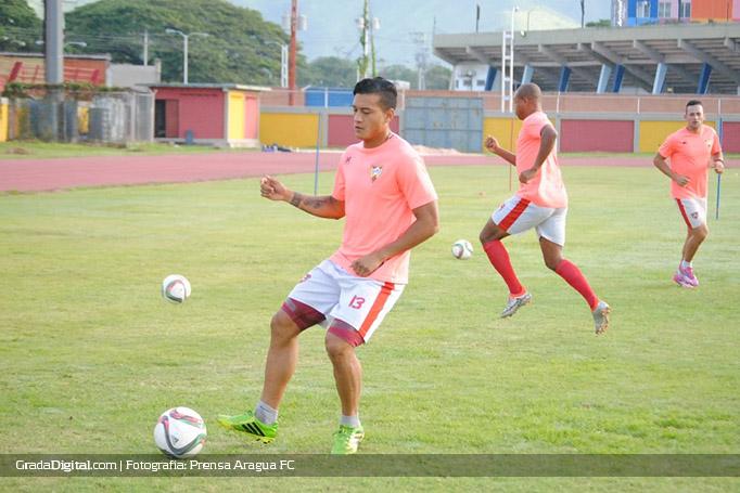 jose_acosta_araguafc_entrenamiento_06092016