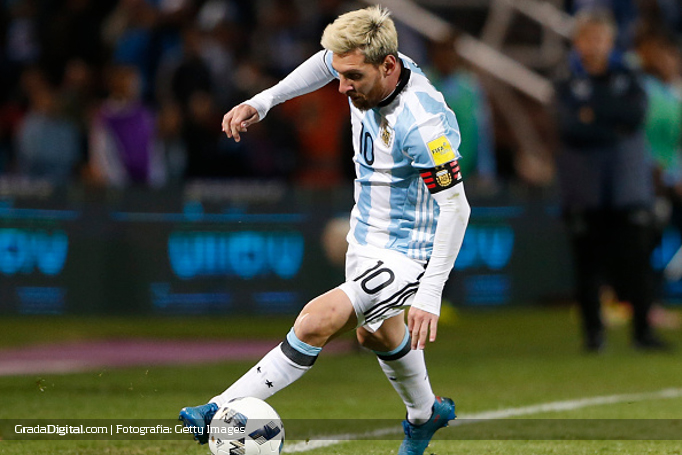 lionel_messi_argentina_uruguay_01092016_1