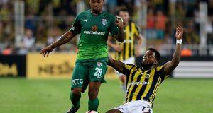 Bursaspor de Yonathan Del Valle derrota al poderoso Fenerbahçe