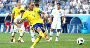 El VAR le evita un sofoco a Suecia contra Corea