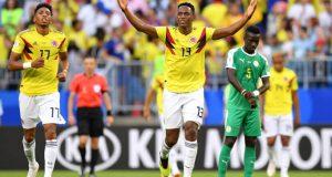 Yerry Mina mete a Colombia en los octavos de final