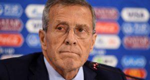 Tabárez: «¿Por qué Suárez no jugó bien? Hubo días que Pelé no tuvo su nivel»