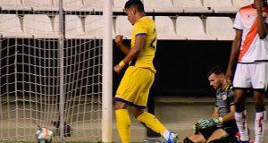 Samuel Sosa se estrena como goleador en el Alcorcón