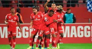 Jhonder Cádiz anota golazo al PSG