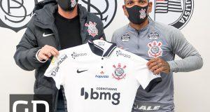 Rómulo Otero firma con el Corinthians hasta junio de 2021