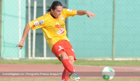 http://gradadigital.com/principal/images/stories/javier_villafraz_aragua_deportivo_petare_12052013.JPG